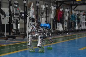 Türkiyə istehsalı yerli robot 30 kiloqram yük götürə bilir