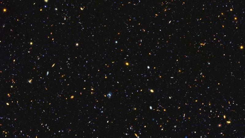 """NASA """"Hubble"""" kosmik teleskopu vasitəsilə tarixi görüntülər əldə edib"""