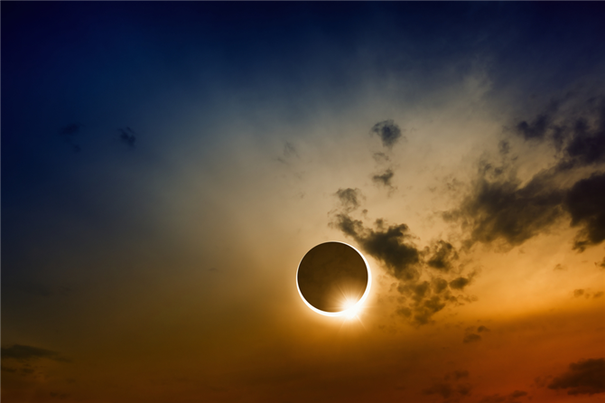 Avqustun 21-də tam Günəş tutulması baş verəcək