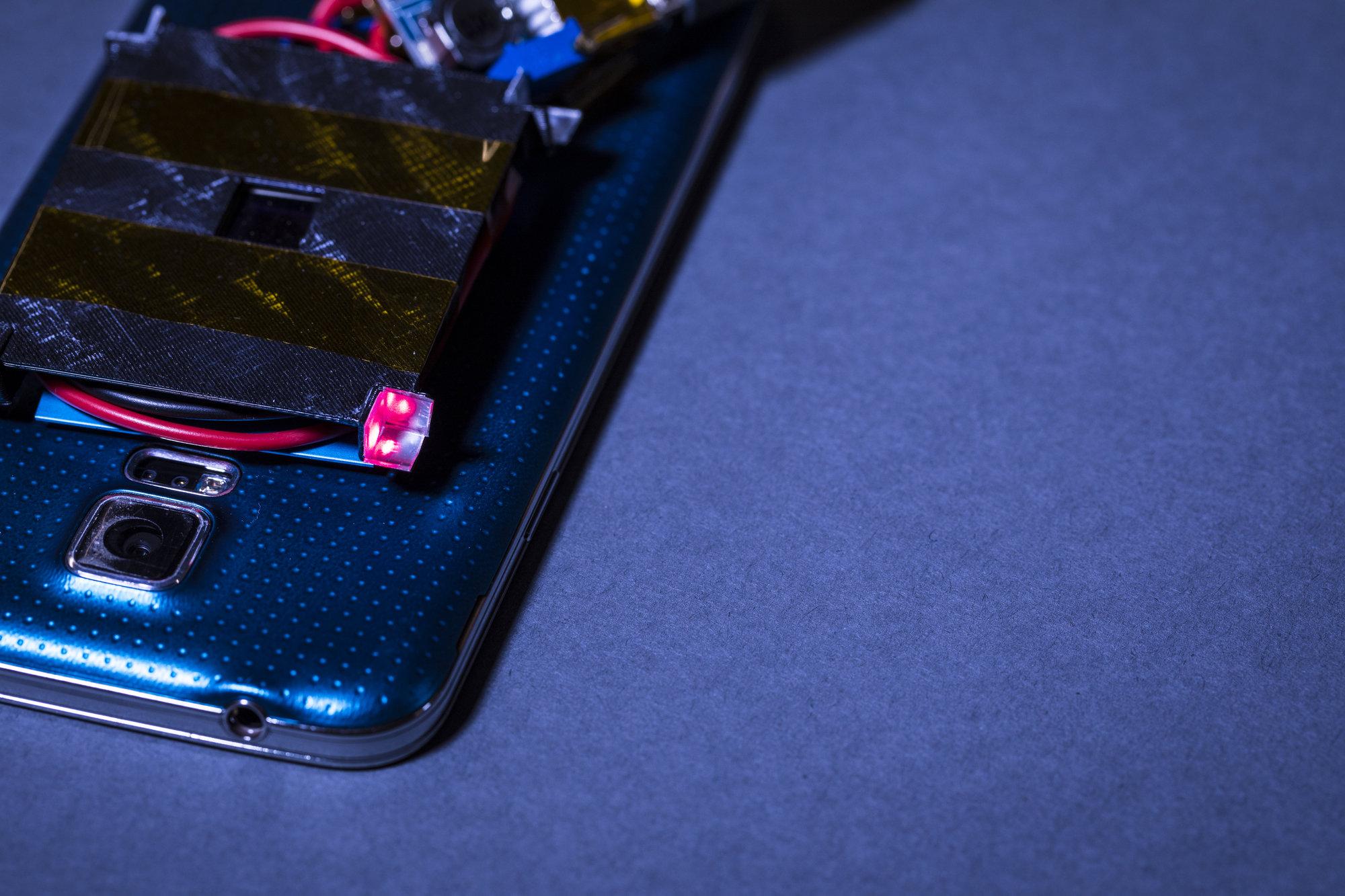 Smartfonlar lazer şüası ilə doldurulacaq
