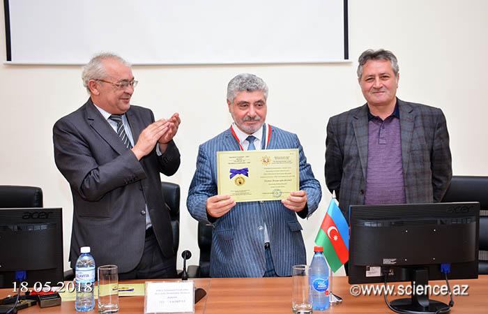 """""""Mahmud Qaşqari - 1000"""" medalının təqdimetmə mərasimi keçirilib"""