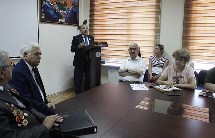 Coğrafiya İnstitutunda Azərbaycan Silahlı Qüvvələrinin 100 illiyi qeyd olunub