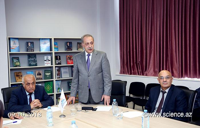 """""""Cümhuriyyət tariximiz qürurumuzdur"""" layihəsi çərçivəsində """"dəyirmi masa"""" keçirilib"""