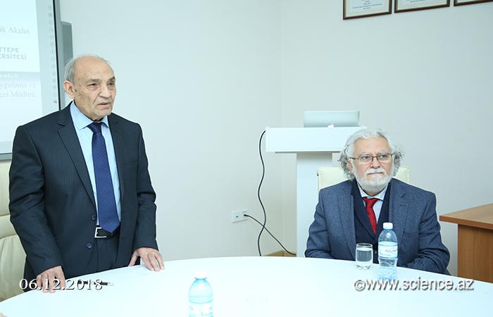 Mikayıl Müşfiqin anadan olmasının 110 illik yubileyi ilə bağlı elmi sessiya keçirilib