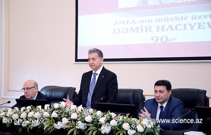 Görkəmli bioloq alim Dəmir Hacıyevin 90 illik yubileyinə həsr olunan konfrans keçirilib