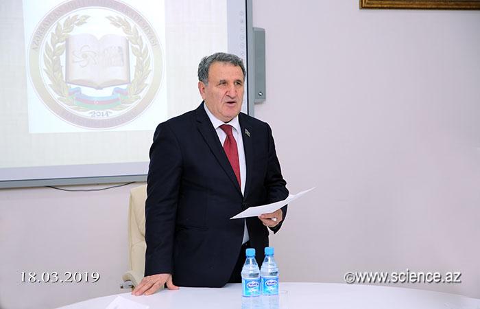 """""""Azərbaycan elmi müasir dövrdə"""" mövzusunda elmi seminar keçirilib"""