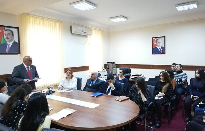 """Qafqazşünaslıq İnstitutunda """"Elm günü""""nə həsr olunmuş seminar keçirilib"""
