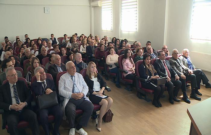 Fiziologiya İnstitutu Azərbaycan Tibb Universitetinin Onkoloji klinikası ilə birgə elmi seminar keçirib