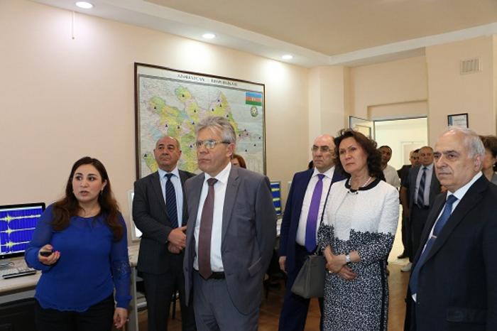 Azərbaycanda aparılan seysmoloji tədqiqatlar REA-nın prezidenti tərəfindən maraqla qarşılanıb