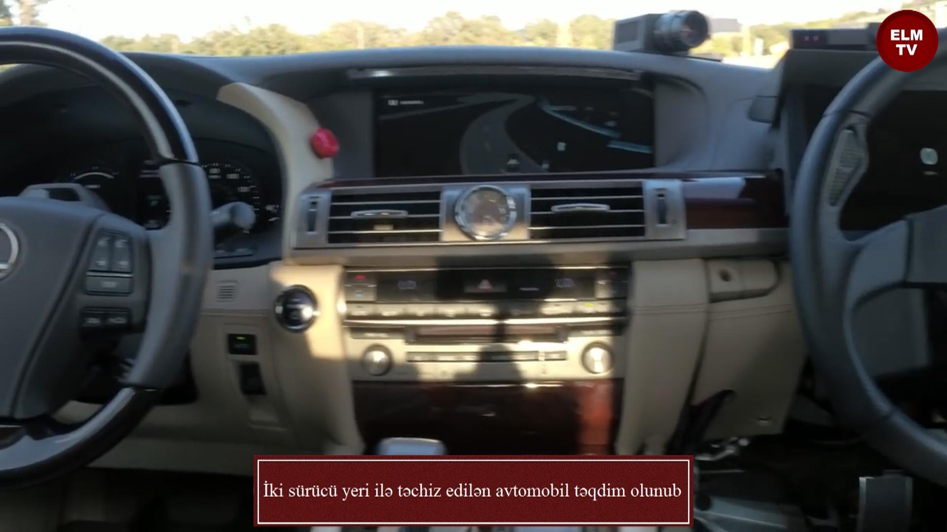 İki sürücü yeri ilə təchiz edilən avtomobil təqdim olunub
