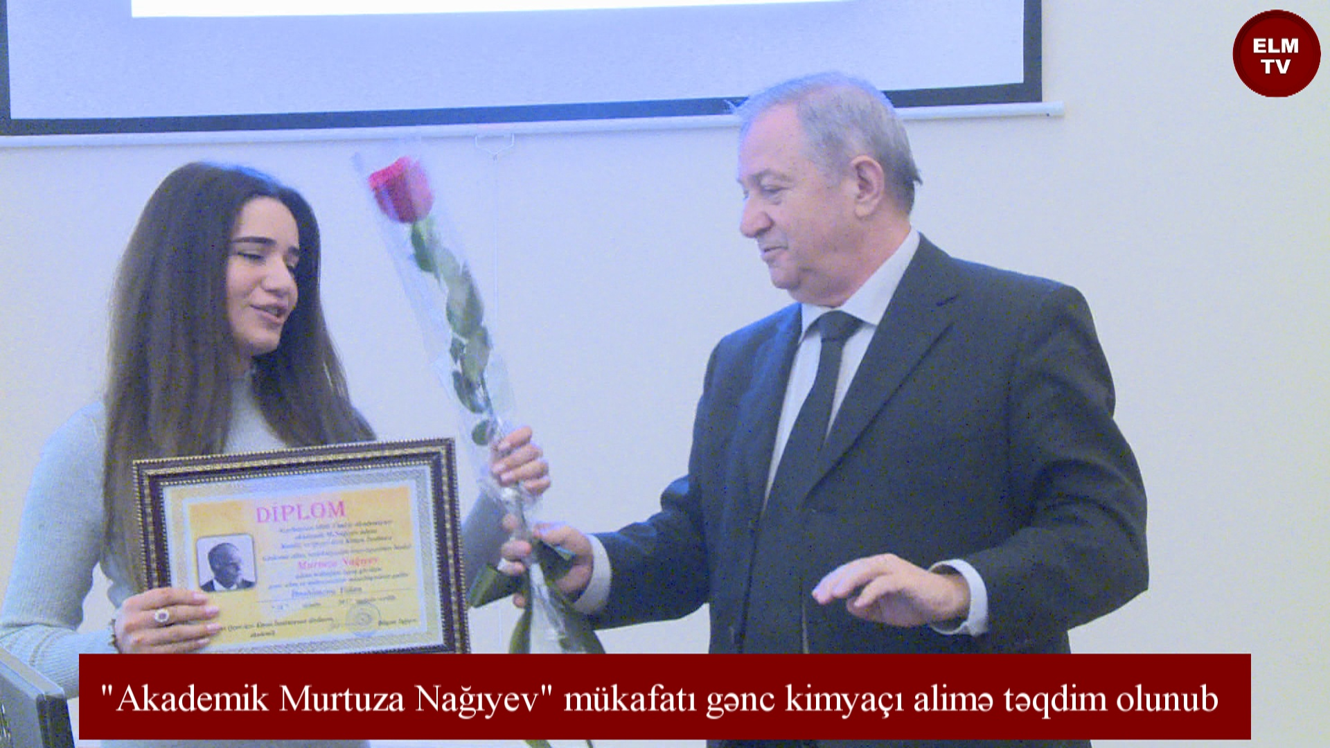 """""""Akademik Murtuza Nağıyev"""" mükafatı gənc kimyaçı alimə təqdim olunub"""