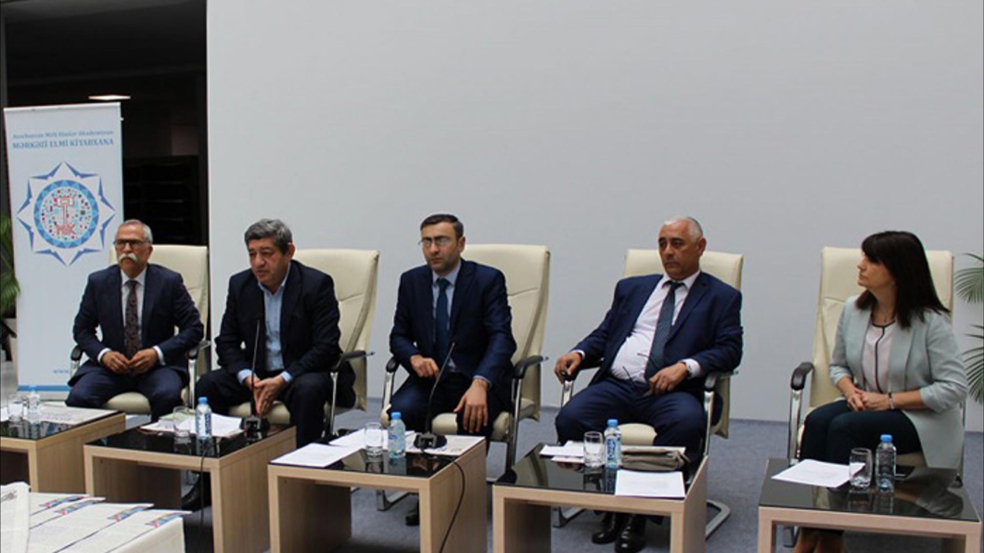 Əməkdar elm xadimi Mirəli Seyidovun 100 illik yubileyinə həsr olunan tədbir keçirilib