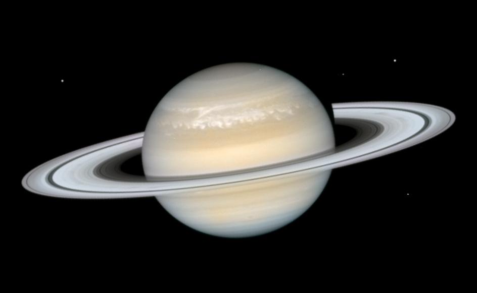 Saturnda sutkanın neçə saat olduğu ölçülüb