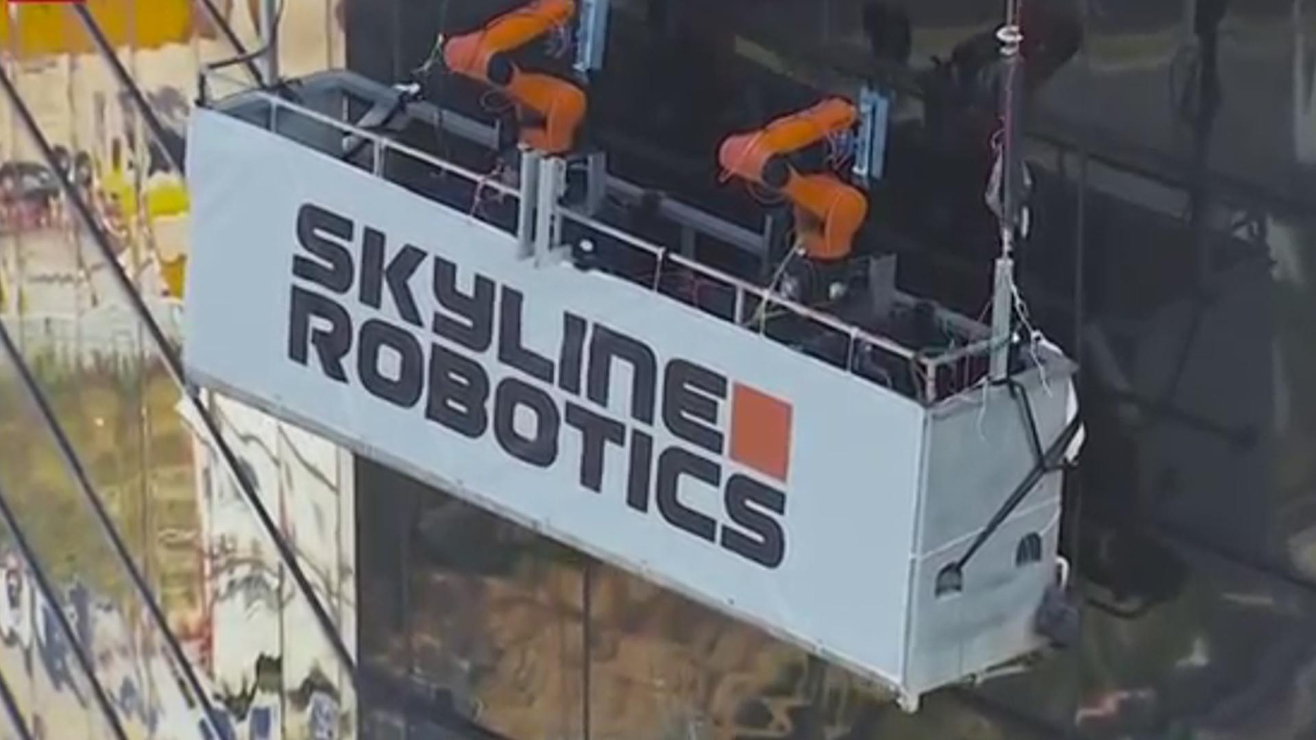 Göydələnlərin pəncərələrini robotlar təmizləyəcək