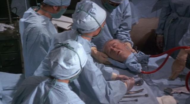 2017 - ci ildə insan başının transplantasiyası reallığa çevriləcək