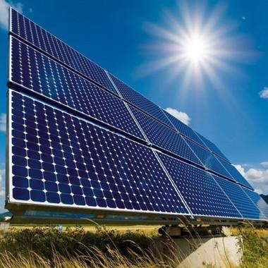 Alimlər günəşdən elektrik enerjisi alınmasında rekordu yeniləyib