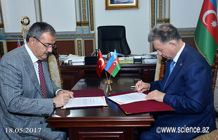 AMEA ilə Türkiyənin Səlcuq Universiteti arasında anlaşma memorandumu imzalanıb