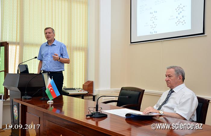 Kataliz və Qeyri-üzvi Kimya İnstitutunda rusiyalı professorun məruzəsi dinlənilib