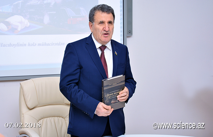 """Ceyhun Hacıbəylinin """"Seçilmiş əsərləri""""nin təqdimatı keçirilib"""