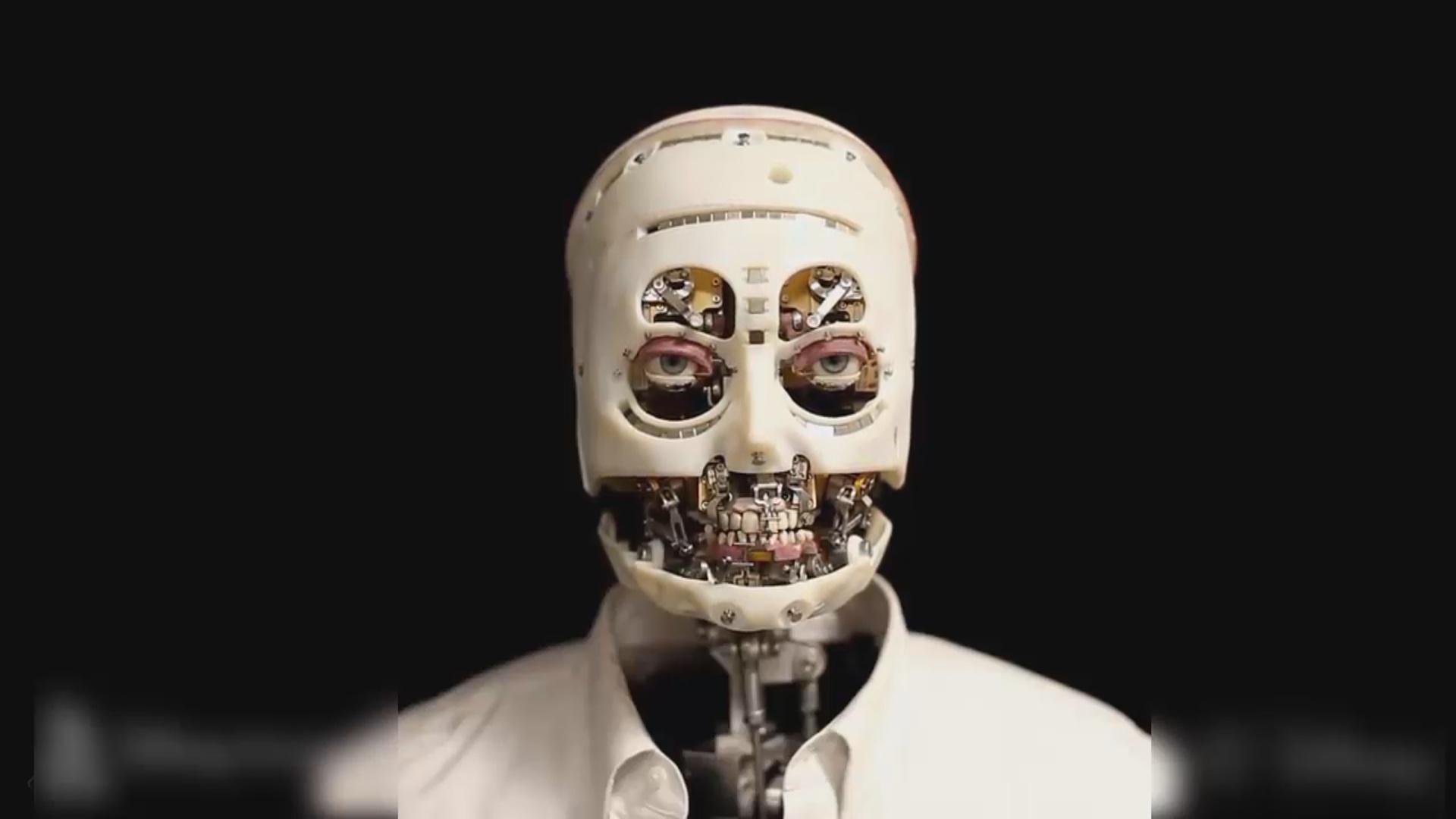 Məşhur şirkət insan baxışına malik robot yaradıb
