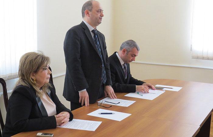 Ermənilərin azərbaycanlılara qarşı törətdiyi soyqırımlar əlyazma qaynaqlarında elmi sessiyası keçirilib